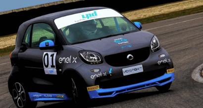 La Smart EQ Fortwo e-cup sbarca al Milano Rally Show