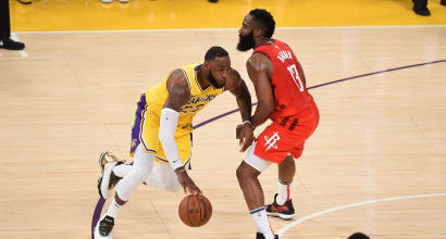 Nba: James trascina i Lakers contro Houston, vincono Milwaukee e Golden State
