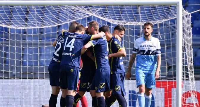 Crollo Lazio, vince il Chievo 2-1
