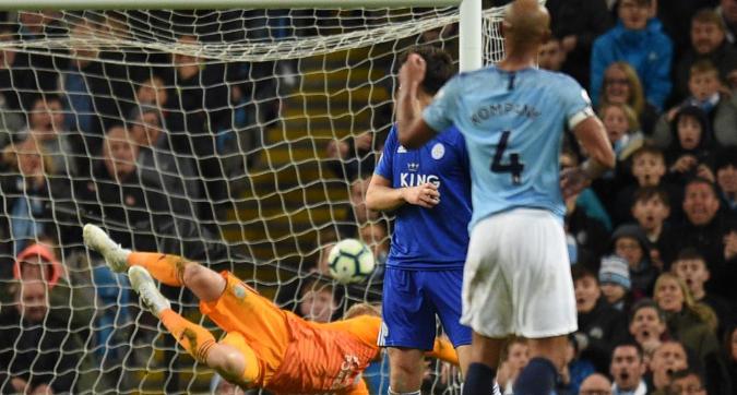 """Kompany e il gol che può valere la Premier, Aguero gli ha urlato: """"Non tirare"""""""