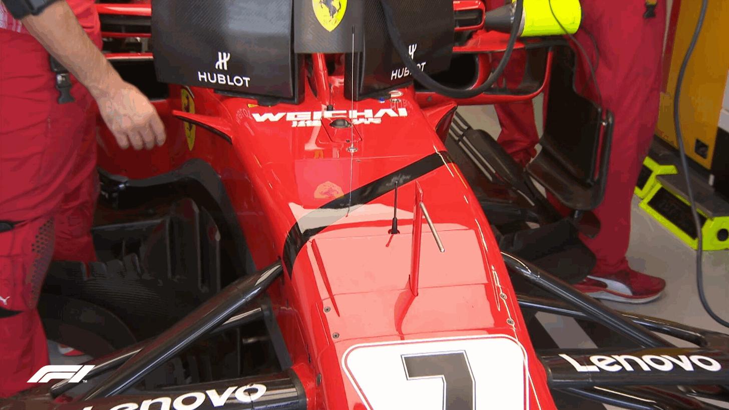 Ferrari listate a lutto