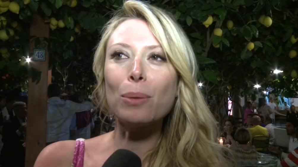 Euridice Axen: Farei follie per Totti! - Sportmediaset