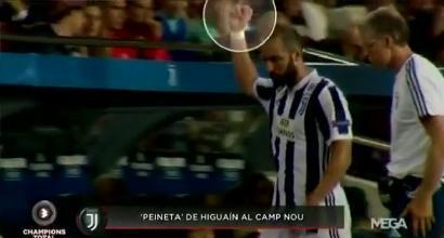 Juve, dito medio di Higuain ai tifosi del Barcellona