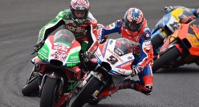 Non solo Rossi-Marquez, scontro Espargaró-Petrucci
