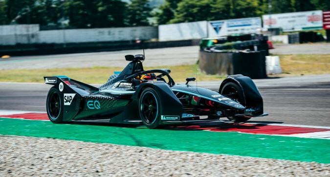Formula E, due giorni di prove per la Mercedes a Varano