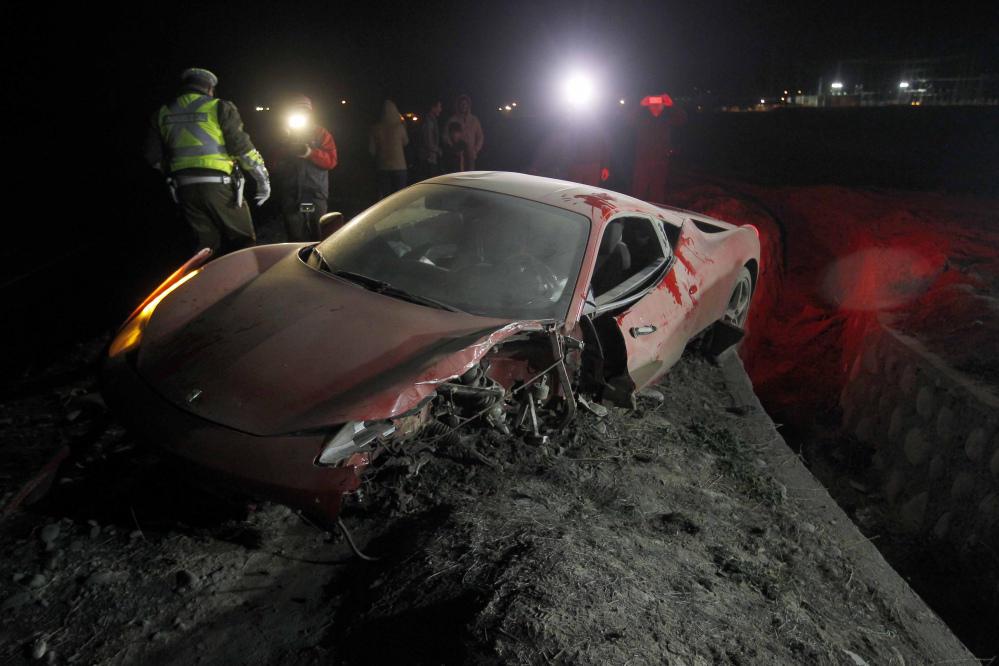 La Ferrari 458 di Vidal dopo l'incidente avvenuto nel giugno 2015 in Cile.