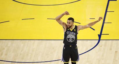 Nba: Curry fa il Fenomeno coi Cavs
