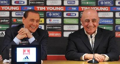 Berlusconi si fa un