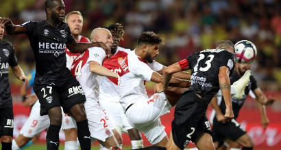 Ligue 1, Monaco-Nimes 1-1: gran gol di Falcao