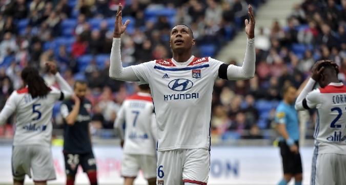 Ligue 1, tonfo Lione e St. Etienne
