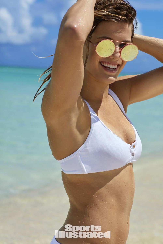 Eugenie Bouchard, il bikini è mozzafiato