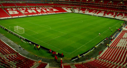 Benfica, altre accuse di corruzione: prostitute e stanze d'albergo pagati agli arbitri