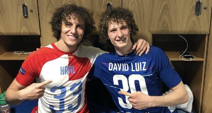 David Luiz e Kral gemelli diversi