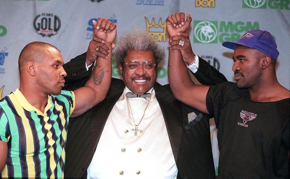 Mike Tyson compie 50 anni