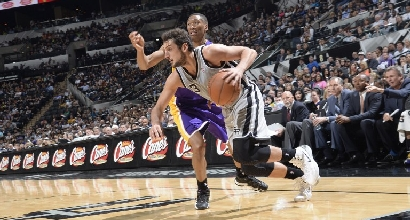 Belinelli contro i Lakers (Afp)