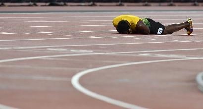 Mondiali d'atletica: Bolt crolla infortunato nella 4x100