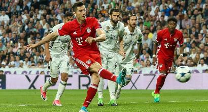 """Bayern, scontro con Lewandowski: """"Ci porti 200 milioni..."""""""