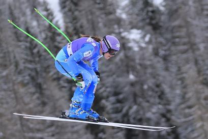 Cdm Sci, Tina Maze vince la discesa di Cortina. Italia deludente