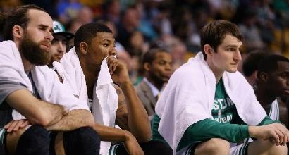 Nba: Thompson bollente, Celtics ai playoff
