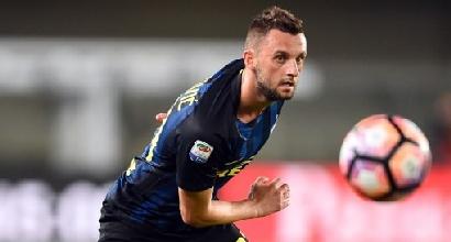 Mercato Roma idea Brozovic, il centrocampista è in uscita dall'Inter