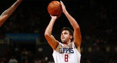 NBA: Houston fa nove di fila, tripla doppia per James e Westbrook, sorridono Gallinari e Belinelli