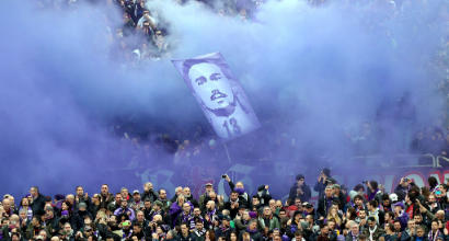 """Serie A, la Fiorentina denuncia: """"Messaggi vergognosi contro Astori"""""""