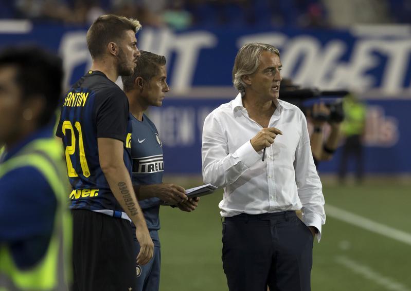 Mancini (seconda esperienza in panchina all'Inter), subentrato stagione 2014/15 e poi 2915/16. Bilancio totale: 36V, 18N, 23P. Il primo anno ottavo in campionato, fuori ai quarti di Coppa Italia e agli ottavi di E. League. Il secondo quarto in campionato e fuori nelle semifinali di Coppa Italia. Media punti in campionato: 1,63