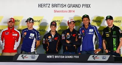 Rossi Marquez Silverstone foto MotoGP