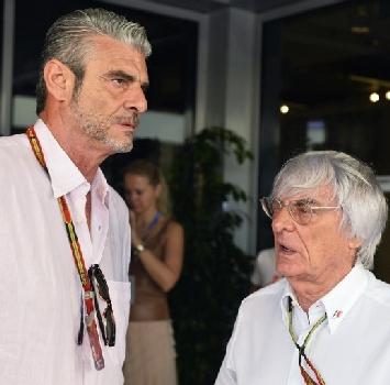 """F1, Ecclestone annuncia: """"Diventerò azionista Ferrari"""""""