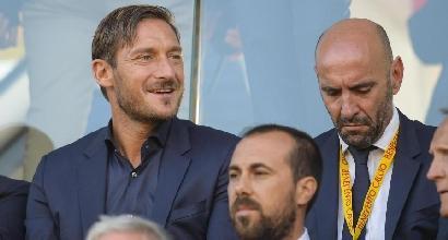 Roma, Totti rinuncia al corso da allenatore e rimanda la sua carriera in panchina