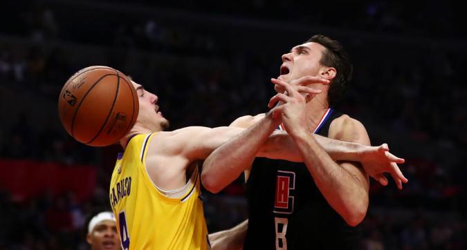 Nba: ai Clippers non basta Gallinari nel derby di Los Angeles, vincono gli Spurs senza Belinelli