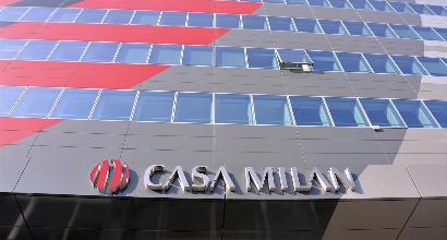 UEFA mette in stand-by Milan: procedimento sospeso, si attende il Tas