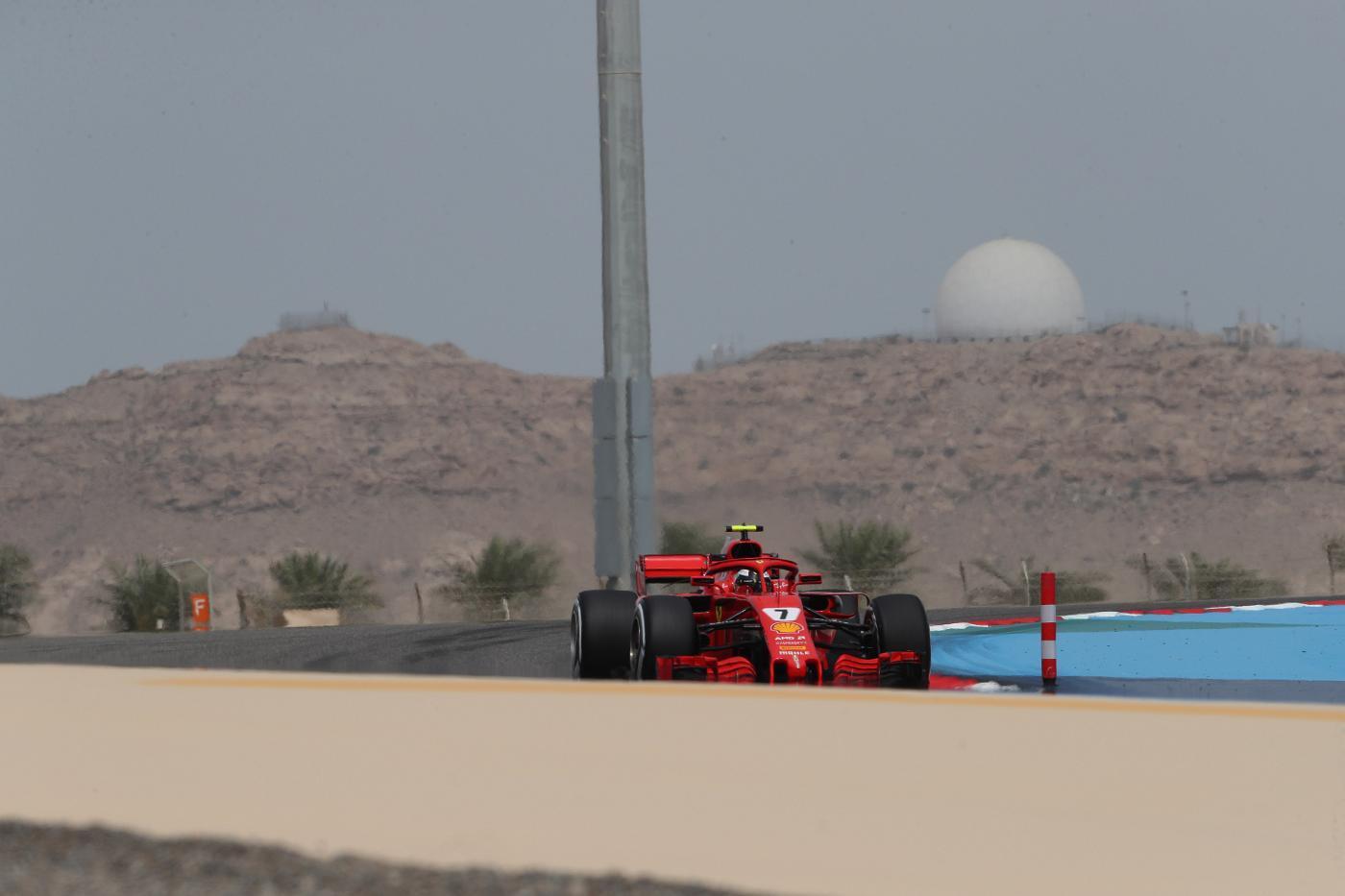 GP Bahrain, libere 2: Ferrari davanti a tutti