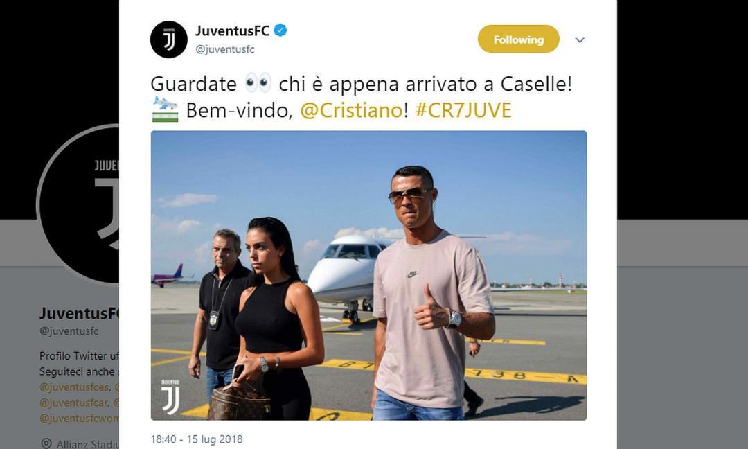 15 luglio - alle 17.30, mentre si gioca la finale dei Mondiali, Cristiano atterra a Torino
