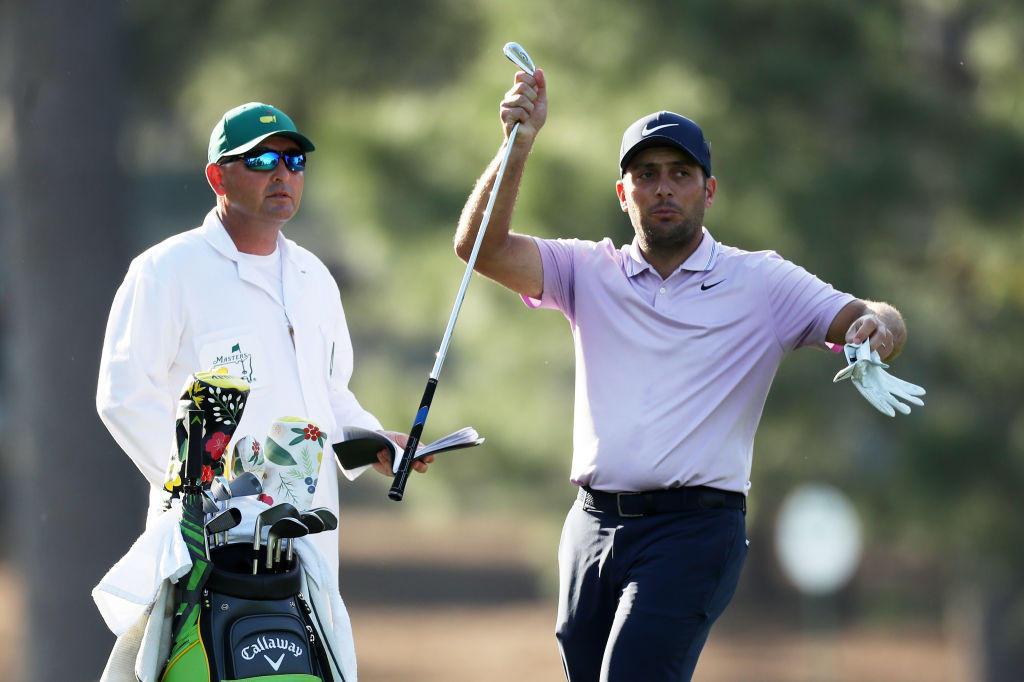 Quattordici anni dopo l'ultima volta, Tiger Woods torna a vincere il Masters Tournament. Ad Augusta il fuoriclasse americano conquista la quinta 'Gree...