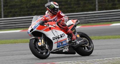 MotoGP, Lorenzo torna col sorriso