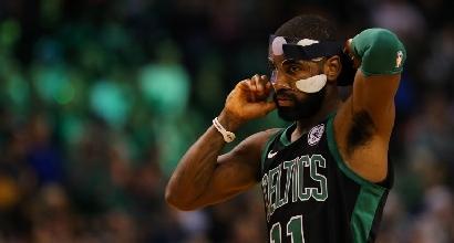 NBA: Celtics in volata grazie a Irving, bene gli Hawks di Belinelli