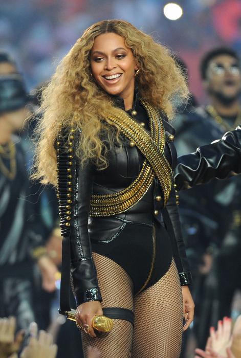 Beyoncé e Lady Gaga regine del Superbowl