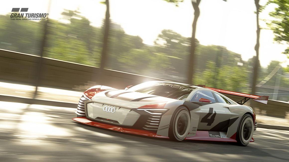 """Dal concept di Gran&#160;Turismo alla realtà: ecco l'Audi e-tron Vision Gran Turismo. Una macchina tutta elettrica nata per la Playstation, ma che ora ha preso forma ed è pronta a debuttare in Formula E, proprio a Roma in occasione dell'E-Prix in versione di """"taxi"""". <br /><br />"""