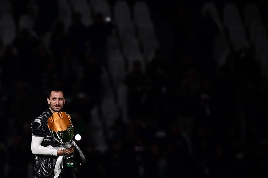 Juve, sfilata con la Supercoppa italiana