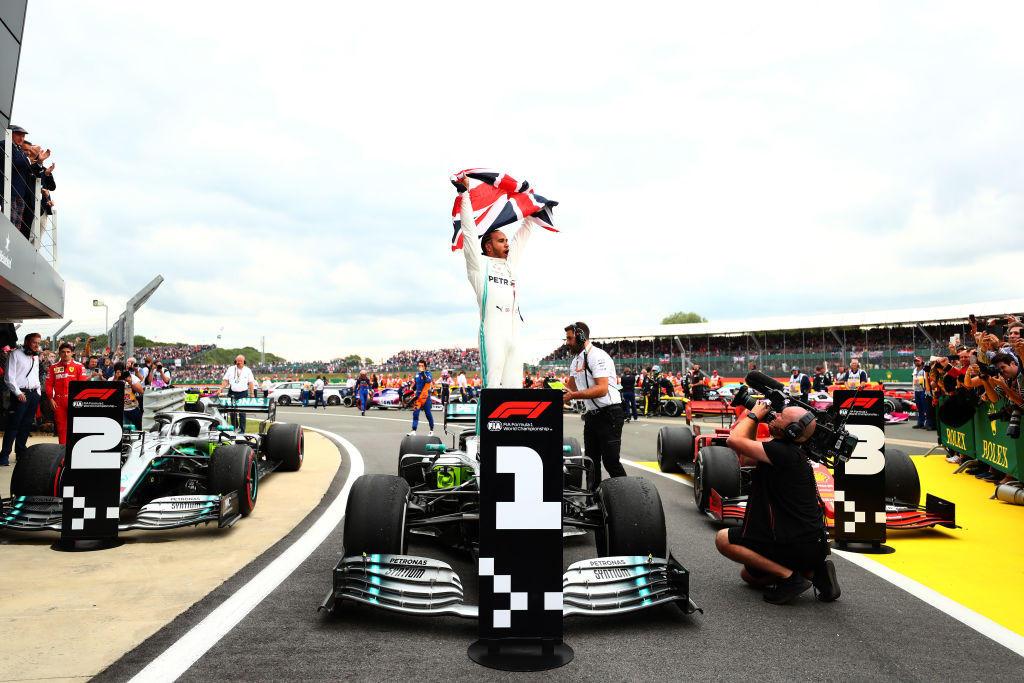 Il britannico torna a trionfare sulla pista di casa