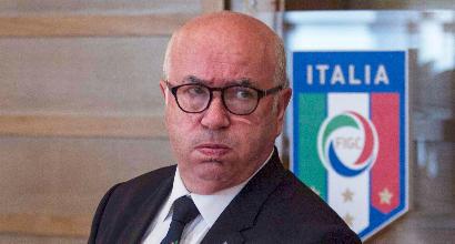 """Presidenza Figc: gli allenatori dicono Tavecchio. L'Aic: """"Senza parole"""""""
