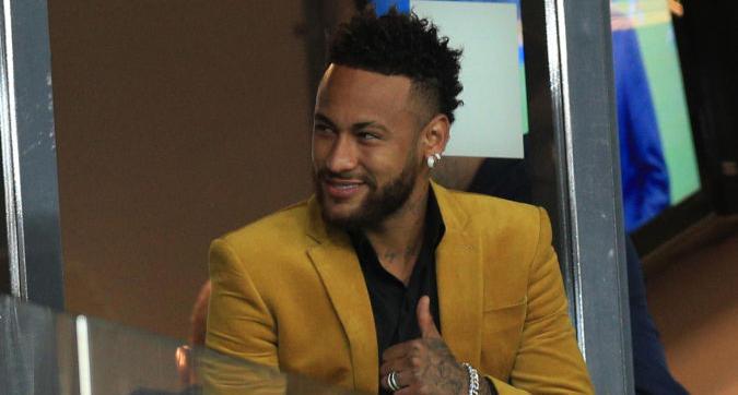 Neymar, look pro Brasile