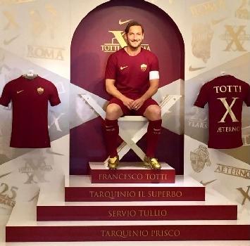 """Totti:""""La maglia numero 10 è difficile da indossare"""""""