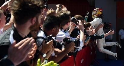 """F1, Hamilton: """"Che duello con Vettel, il bello delle gare"""""""