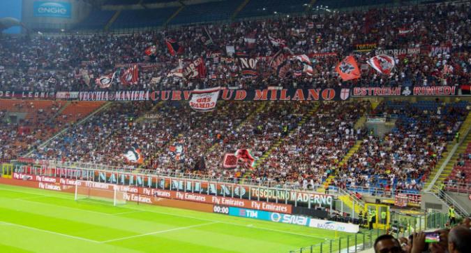 Milan, Curva Sud contro l'Atalanta a San Siro in Champions: