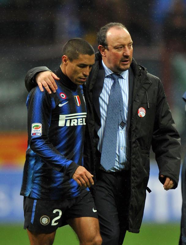 Rafa Benitez, stagione 2010-11, esonerato. Bilancio totale: 12 V, 6 N, 7 P. Ha vinto la Supercoppa italiana e il Mondiale per Club. Ha perso la Supercoppa Europea. Media punti in campionato: 1,53