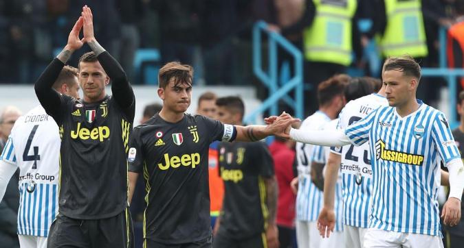 Juventus, folklore a Ferrara mentre Allegri monta gli optional per l'Ajax