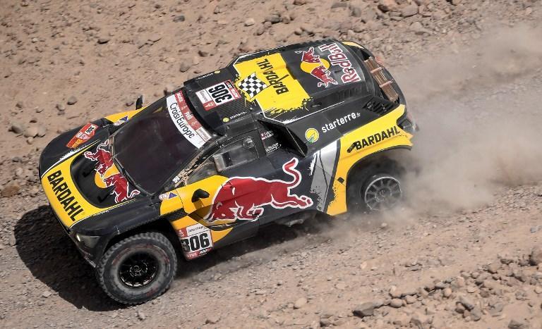 Dakar, la sfortuna rallenta Loeb