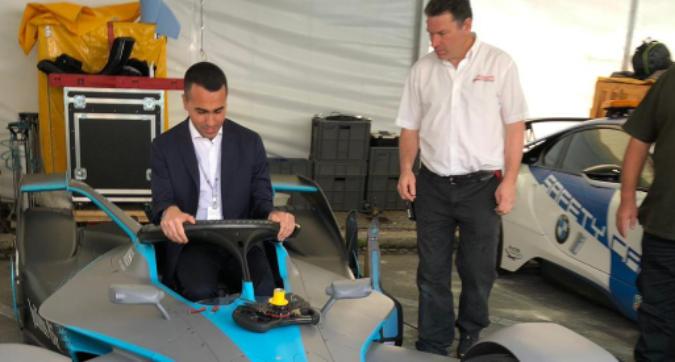 """Di Maio in Formula E: """"Simbolo del futuro"""""""